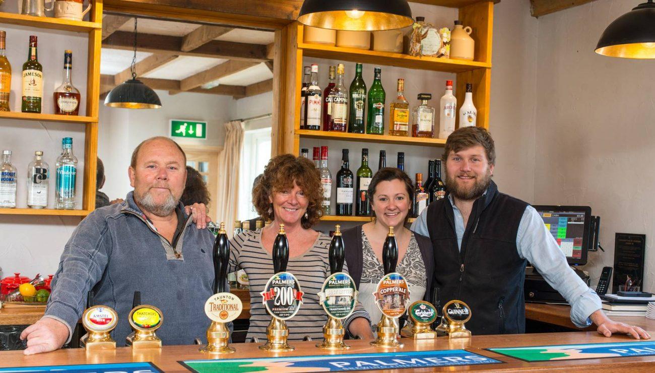 Downhouse Café Crew Take Over At New Inn, Eype