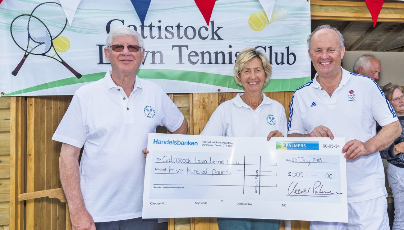 Cattistock Lawn Tennis Club looking smashing with £500 support from Palmers Brewery